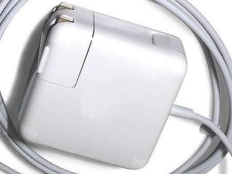 Adaptateur Apple A1424