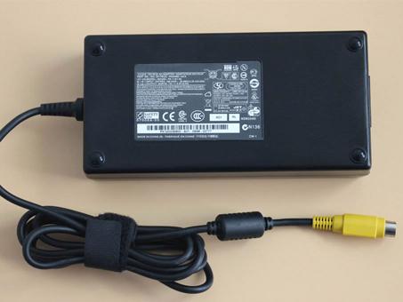 Adaptateur Toshiba PA3546E-1AC3